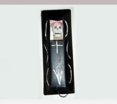 Hanni Sager, Coffin With Skull, (black)